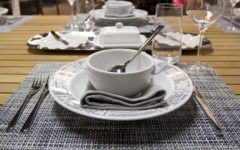 bonton-stol-hrana-modnialmanah-lifestyle
