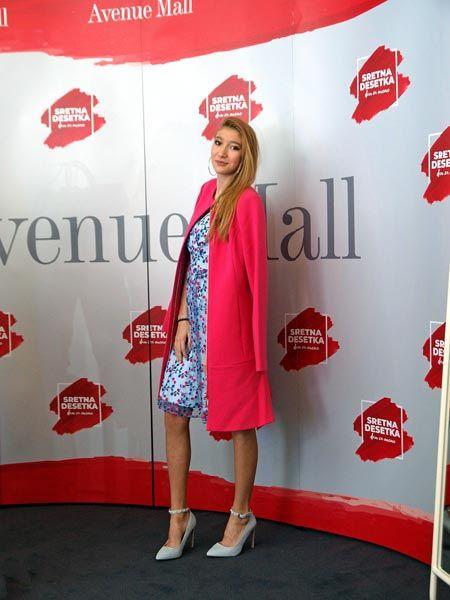 aveneue-mall-fashion-shopping-outfit-modnialmanah-sretna-desetka