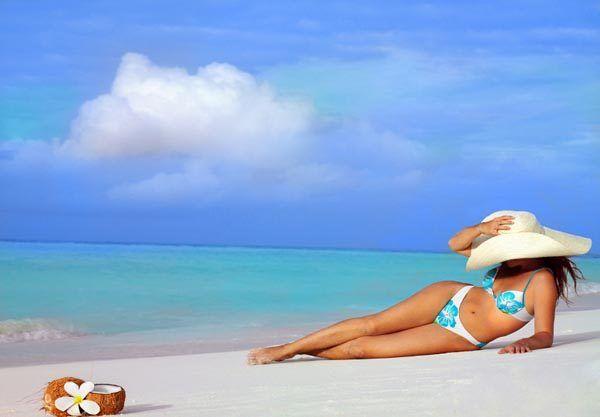 plaža-sunce-sunčanje-beauty-more-modnialmanah