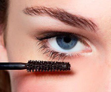 beauty-maskara-modnialmanah-make-up-oči