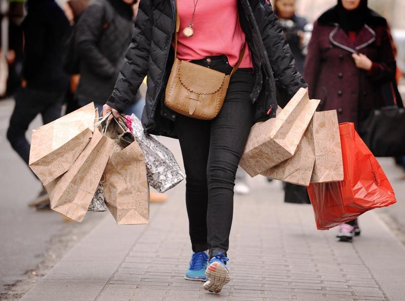 shopping-sniženje-modnialmanah-sale
