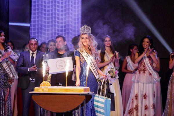 Miss-tourism-world-modnialmanha-lifestyle
