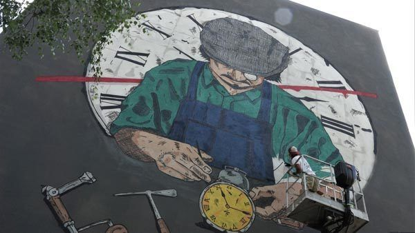 lifestyle-grif-pivo-mural-boris-bare-modnialmanah