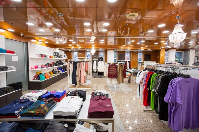 five-star-outlet-modnialmanah-shopping