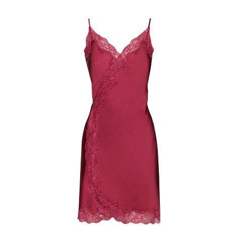 fashion-crveno-domjenak-modnialmanah