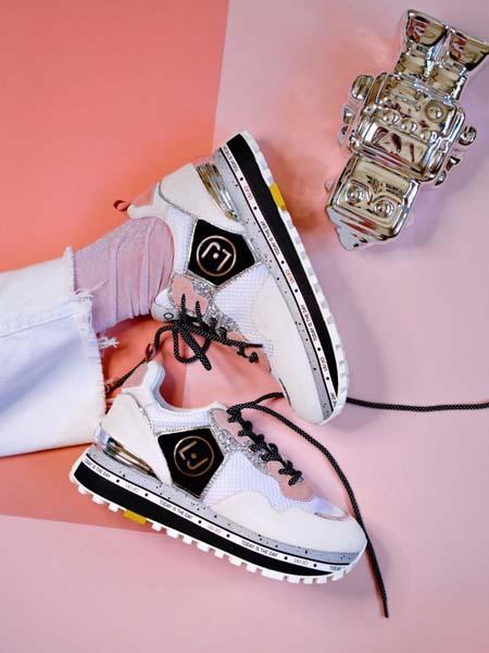 fashion-shoebedo-liu-jo-desigual-guess