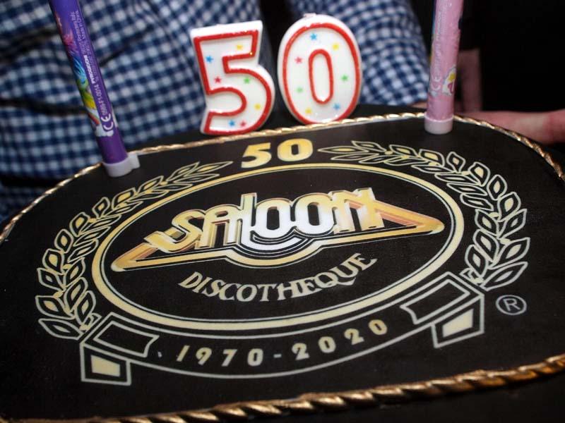saloon-50-godina-lifestyle-modnialmanah