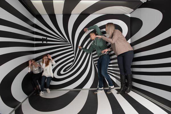 muzej-iluzija-lifestyle-modnialmanahmuzej-iluzija-lifestyle-modnialmanahmuzej-iluzija-lifestyle-modnialmanah