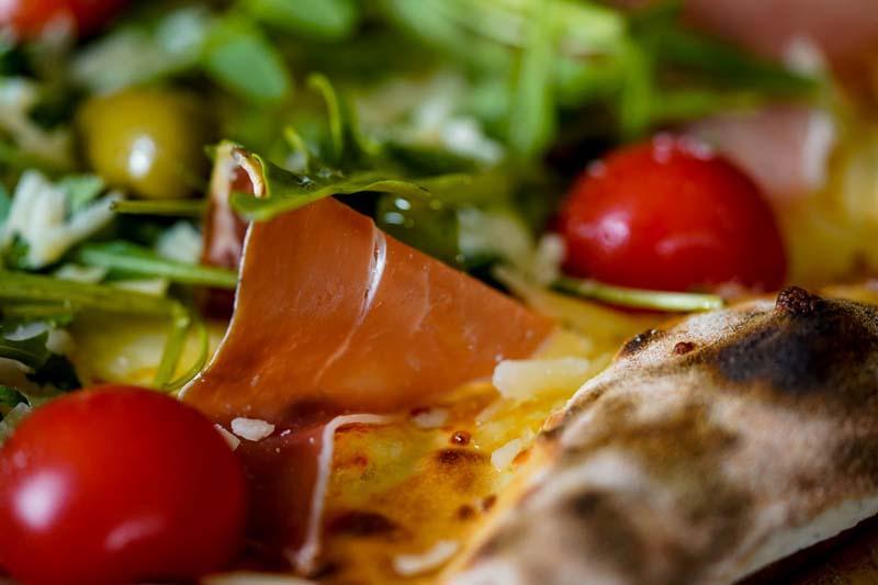 santa-maria-pizza-modnialmanah-gastronomija