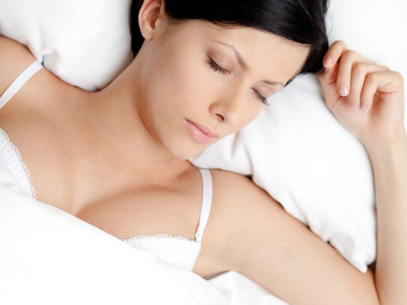 fashion-zdravlje-modnialmanah-grudnjak-spavanje