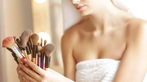 beauty-make-up-šminka-kist-modnialmanah