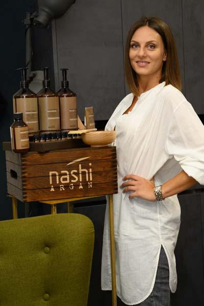 nashi-argan-fileri-beauty-modnialmanah-do-šminke-i-frizure-za-pol-vure