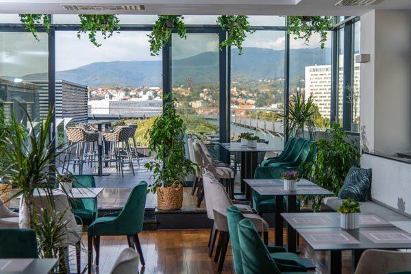 gastro-Eateria-restoran-modnialmanah