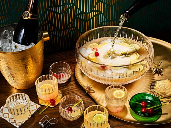 gastro-piće-gin-nova-godina-modnialmanah-pjenušac-punč