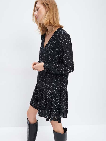 mohito-retro-print-crno-bijelo-fashion-modnialmanah