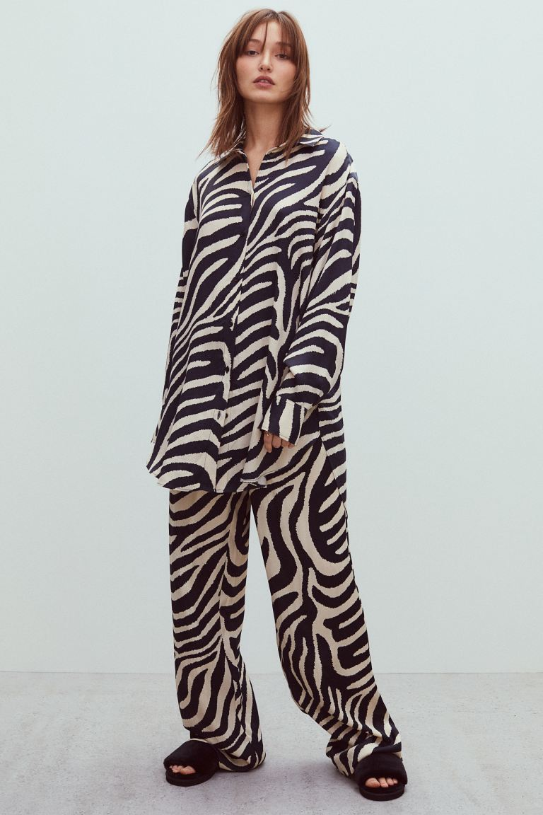 h&m-fashion-zebra-animal-print-modnialmanah