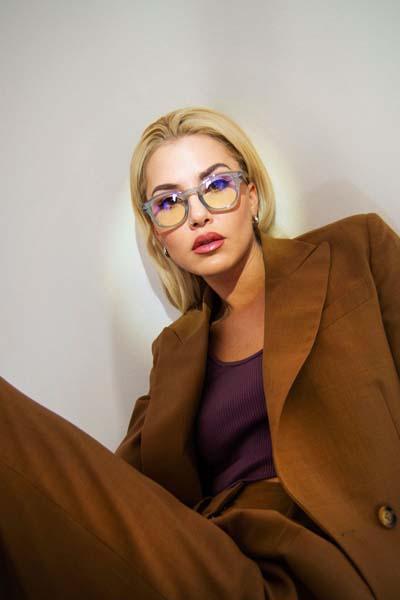 Uperbabekillah-izipizi-karla-zelić-fashion-naočale-modnialmanah