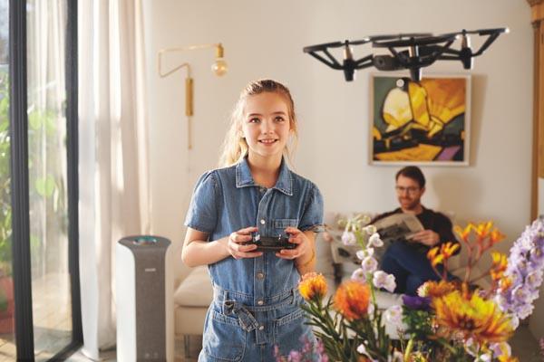 lifestyle-Philips-Air-Purifier-modnialmanah-zrak