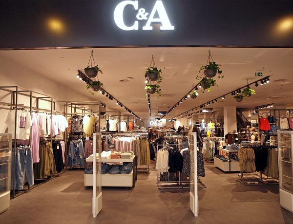 c&a-modnialmanah-shopping-city-center-one-west