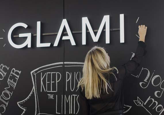 GLAMI-hr-donosi-Fashion-(Re)search-moda-modnialmanah