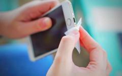 praktični-savjet-mobitel-čišćenje-modnialmanah