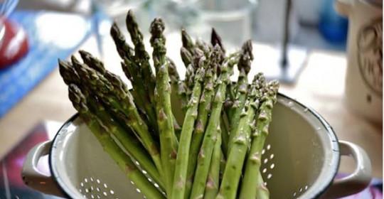zdrava-namirnica-zdrava-hrana-zdravlje-šparoge-modnialmanah