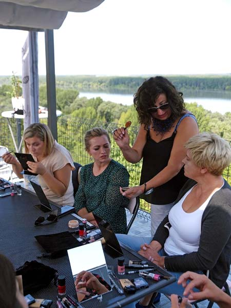 women's-days-ilok-modnialmanah-iločki-podrumi