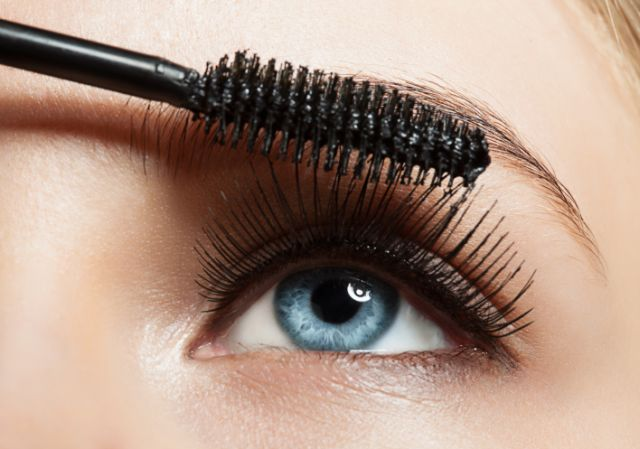 beauty-maskara-make-up-šminka-modnialmanah