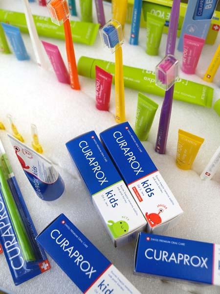 beauty-curaprox-četkica-za-zube-oralna-higijena-modnialmanah